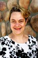 Dr-Anne Merewood