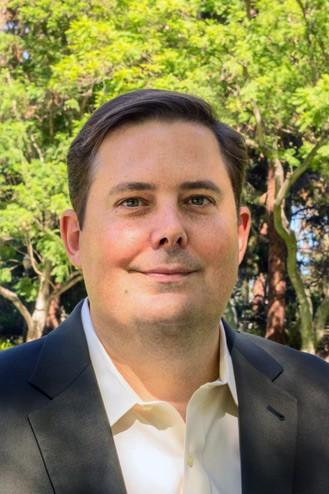 Ian Larkin, PhD Assistant Professor of Strategy UCLA Anderson School of Management